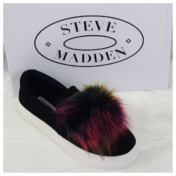 84ecce10725 Steve Madden Black Great Faux Fur Pompom Sneakers NWT